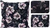 Vankúš čierny s ružovými kvetmi / 492883
